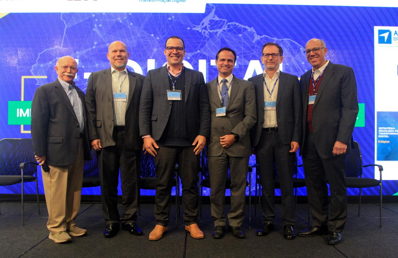 Francisco Antonio Soeltl, Renato Grau, Felipe Carvalho, Rogério Caiuby, Rodolfo Fücher e Guilherme Cavalieri
